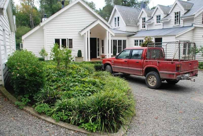 Farmhouse-backyard-4