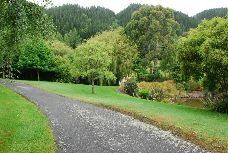 Waikanae-Woodland-Drive-7