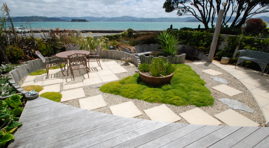 Windy, exposed garden in Wellington? - It can be an asset ...
